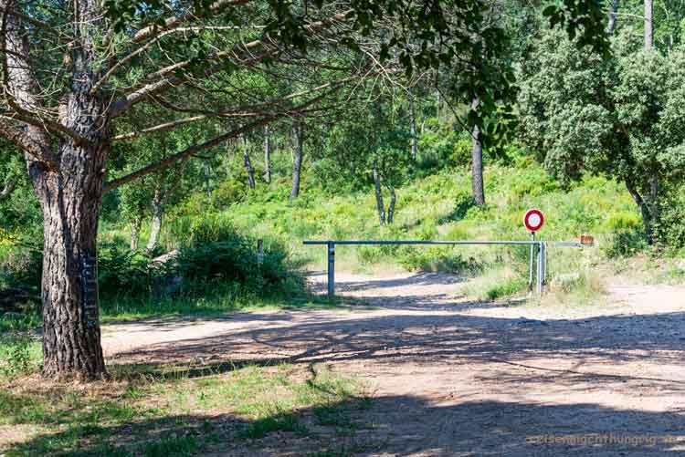 Gorges-du-Blavet-Schranke am Parkplatz