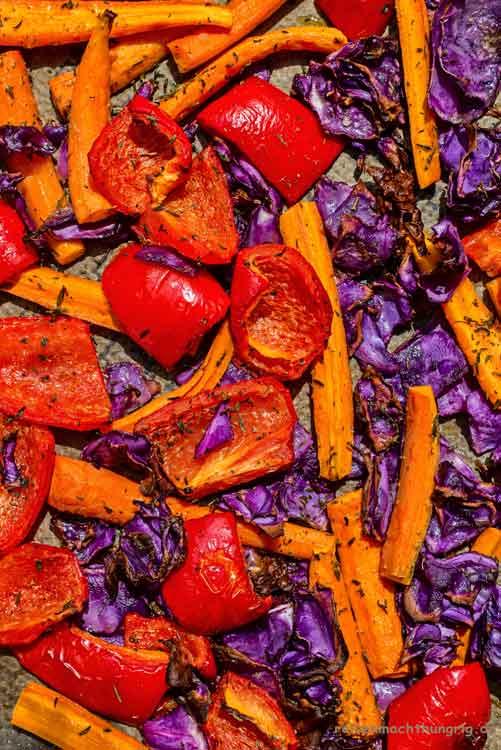Proviant -Gemüseblech mit rotem Gemüse