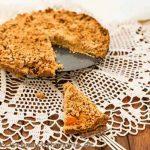 Streuselkuchen mit Apfelmus - ganze Torte