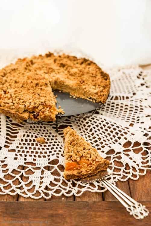 Streuselkuchen mit Apfelmus -