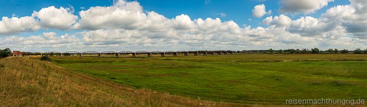 Dömitzer Eisenbahnbrücke Panorama