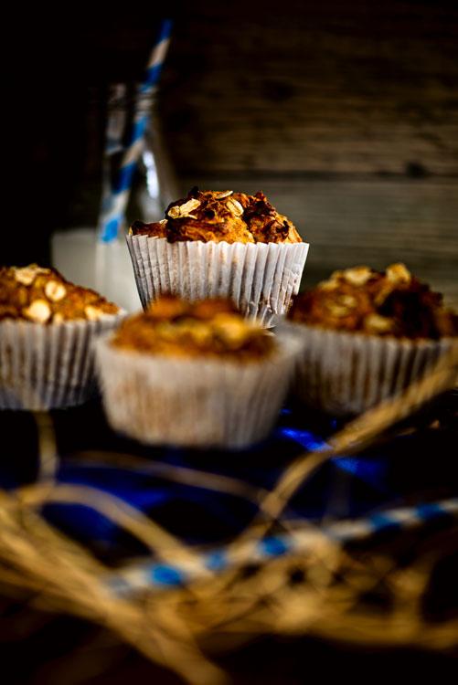 Frühstücksmuffins im moody Bildlook